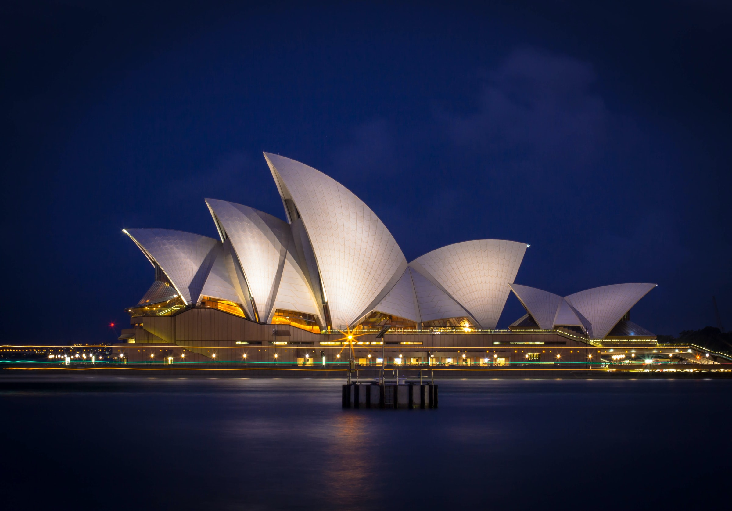 Discover Flight over Australia and New Zealand